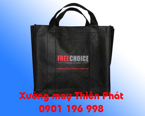 Sản xuất túi vải không dệt số lượng lớn, túi vải không dệt in logo theo yêu cầu, may túi vải không dệt giá rẻ tại TPHCM